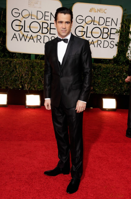 colin-farrell-golden-globes-2014-with-sister-claudine-03