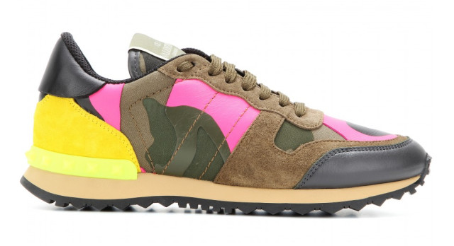 P00087350-Camouflage-print-canvas-and-suede-sneakers-DETAIL_2